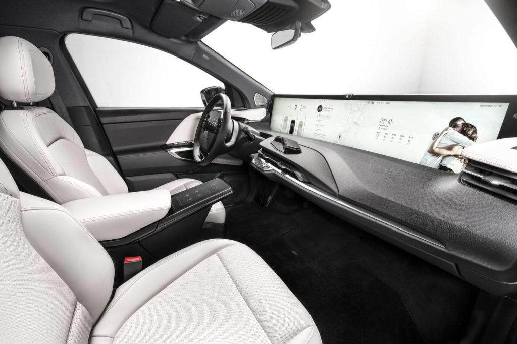 intérieur de la voiture électrique chinoise Byton M-Byte